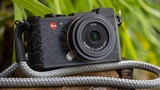 Leica CL Urban Jungle by Jean Pigozzi: nuova serie limitata