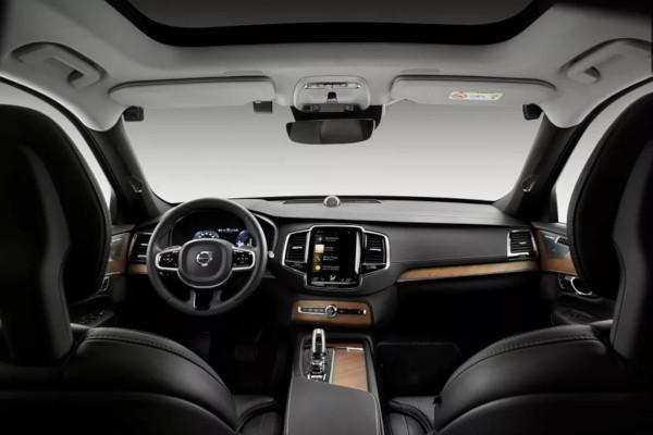 Telecamere di serie sulle future Volvo
